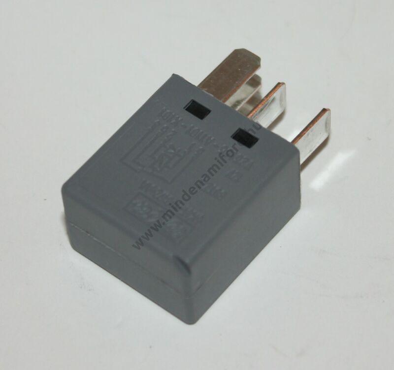 Elektromos relé
