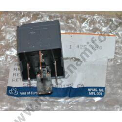 1425754 - Elektromos relé